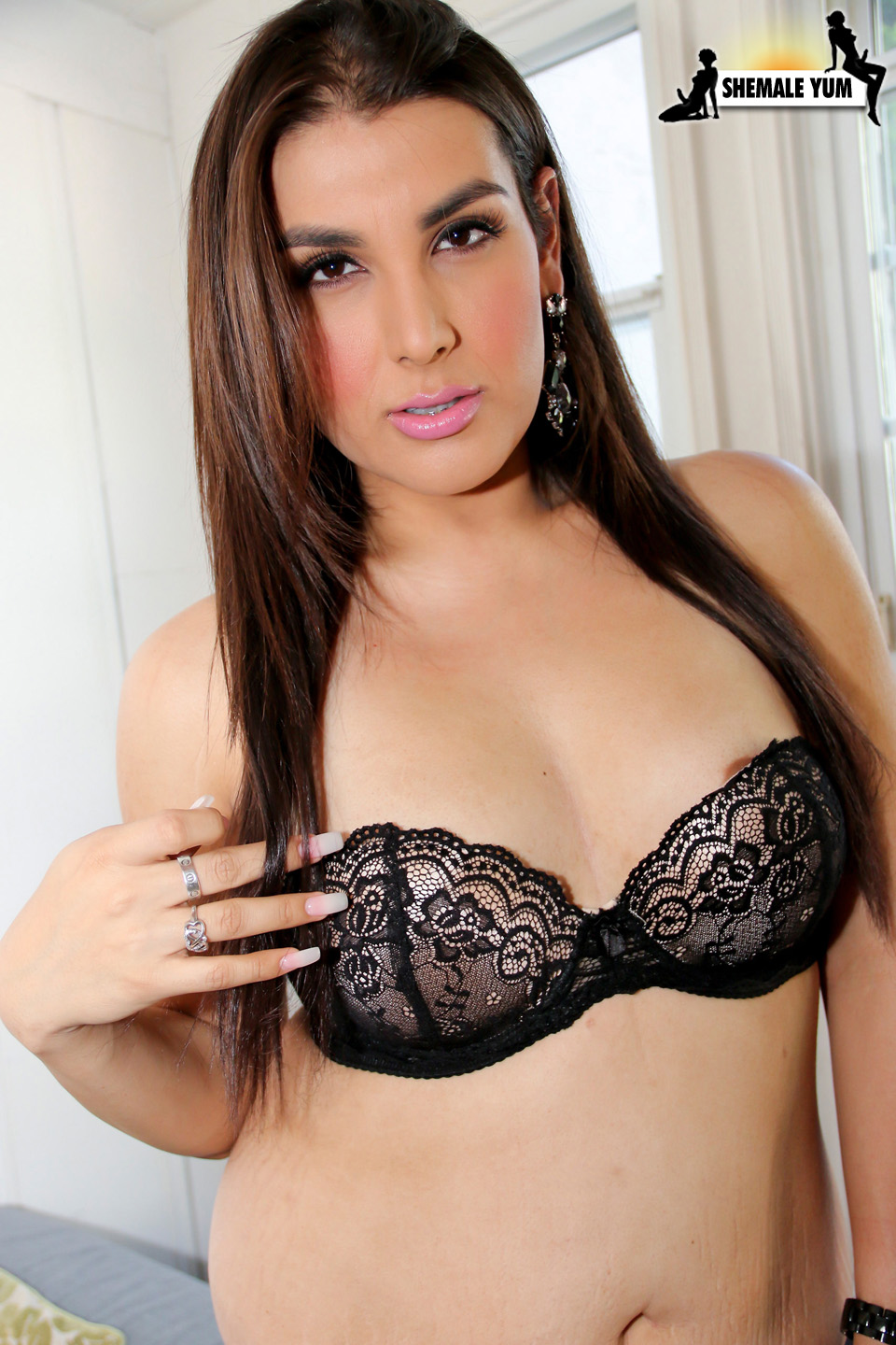Quijada recommends Shemale with huge cock pics