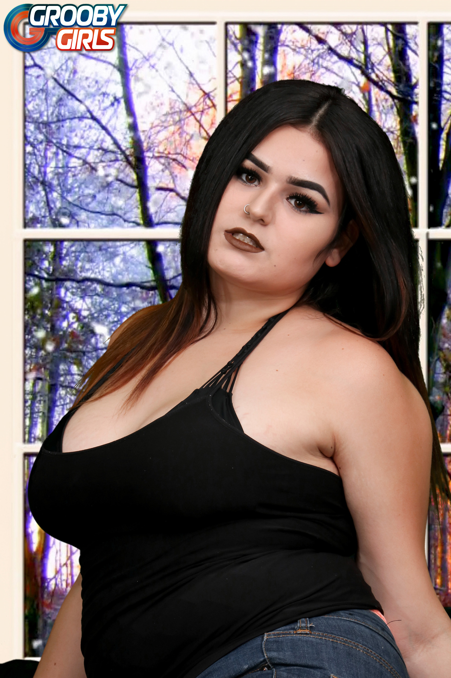 Curvaceous #GroobyNewbie Veronica Cakes - Grooby Girls Blog